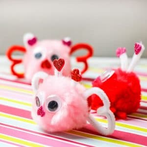 love bug pom pom Valentine's Day craft