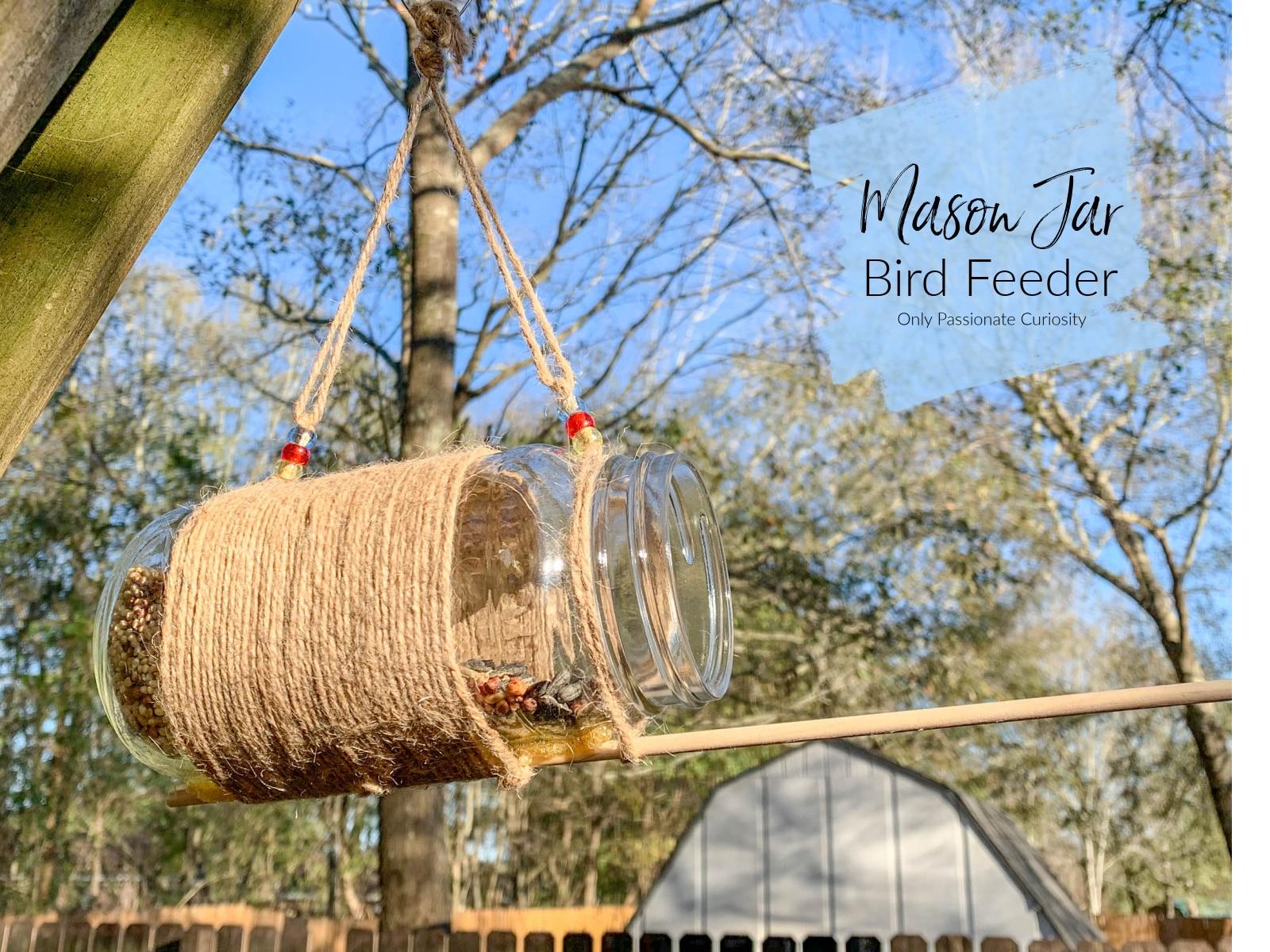 finished mason jar bird feeder